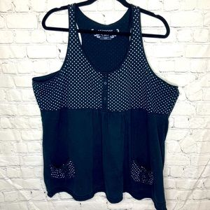 Additionelle sport polka dot and pocketed tank